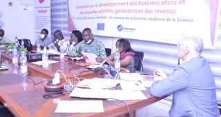 En RDC, des directeurs des radios communautaires formés en marketing pour l'indépendance de leurs médias