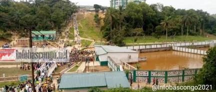 Ruée vers Sima, '' eau sacrée '' de Nkamba