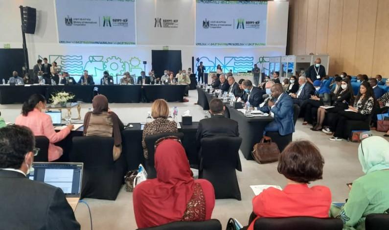 Au Caire, au forum sur la coopération internationale, Crispin Mbadu expose la vision de Félix Tshisekedi sur le numérique et la sécurité alimentaire