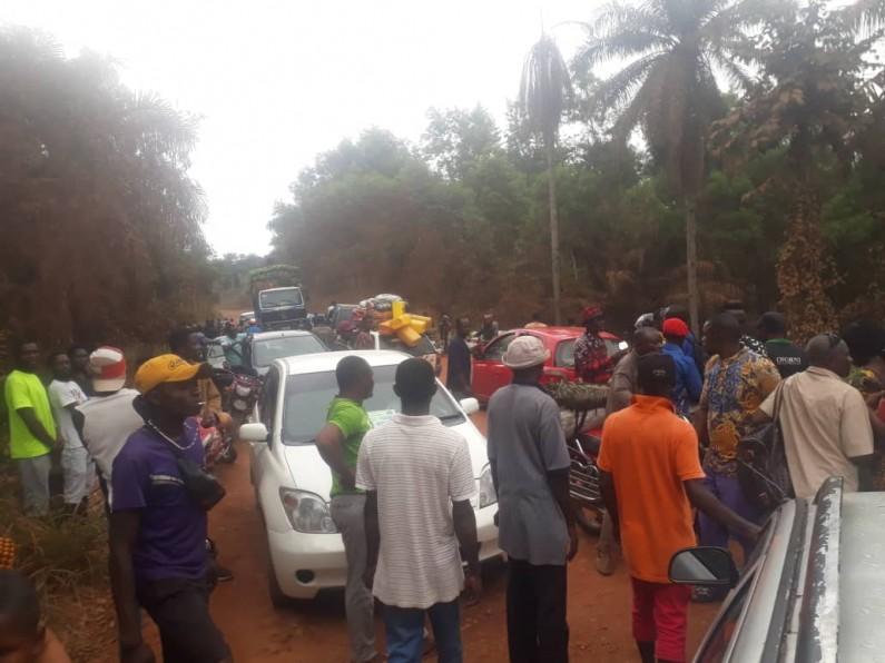 Grève pour dénoncer la dégradation de la route Manterne-Tshela : le message des chauffeurs à Felix Tshisekedi