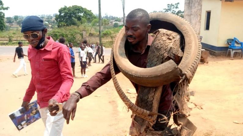 Mbanza-Ngungu : des jeunes du quartier Christ Roi mécontents du remplacement du gouverneur